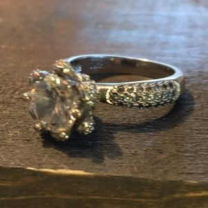 Jewelry - Sterling Silver 925 Cubic Zirconia Ring Size 6